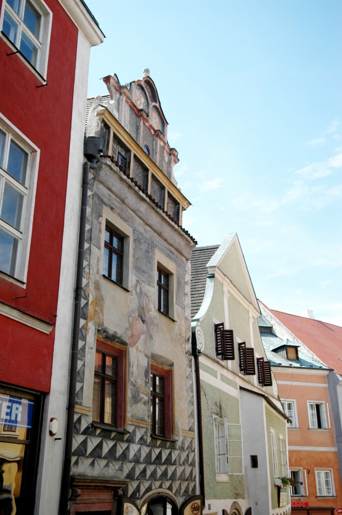 Cesky Krumlov, Czech Republic – 3 Reasons Why You Need to Stop There