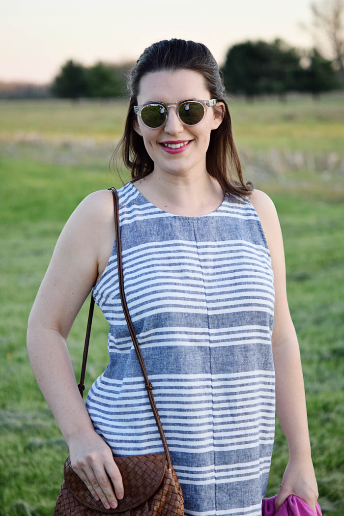 a05def34ab Loving this Old Navy linen dress for summer. See the whole look on  AnExplorersHeart.