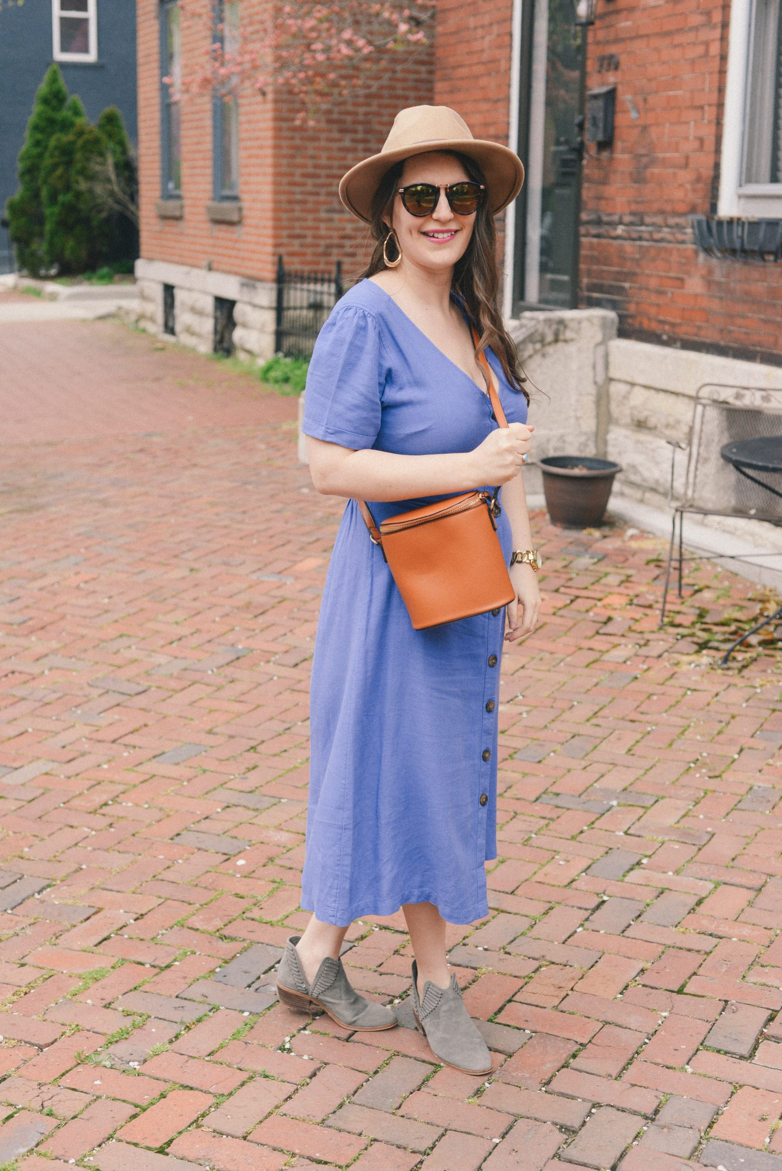 Old Navy Midi Dress on AnExplorersHeart.com